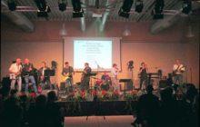 100-Schueler-Lehrer-und-Ehemalige-des-Gymnasiums-Borghorst-gestalten-Konzert-Ein-unvergesslicher-Abend_image_630_420f_wn